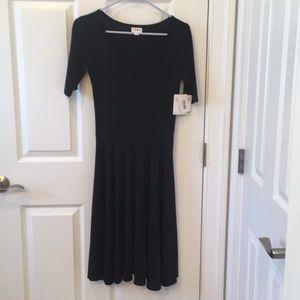 LuLaRoe Nicole Ringer  XS Dress